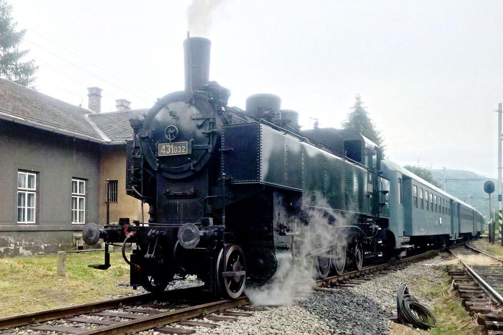Parní lokomotiva dovezená z Německa. Autor: MBM Rail