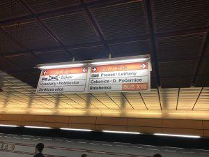 Orientační cedule v metru, podle PRO CEDOP nedostatečné. Autor: EY/PRO CEDOP