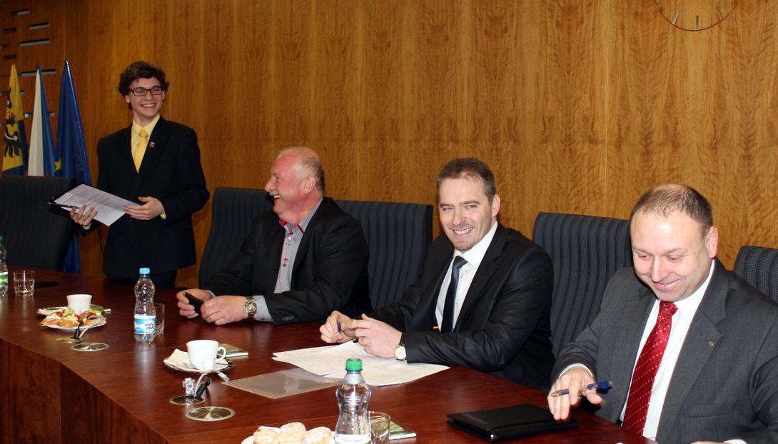 Bývalý náměstek ministra dopravy Kamil Rudolecký (druhý zprava). Foto: ČSSD Bruntál