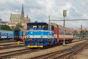 Lokomotiva EffiShunter 300 (řada 794) v barvách Českých drah. Foto: CZ LOKO