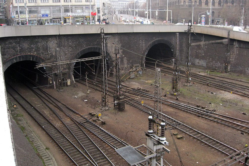 Vinohradské tunely, Praha hl.n., foto: Dezidor/Wikipedia