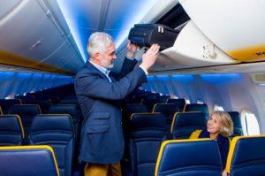 Ilustrační foto Ryanairu k problematice palubních zavazadel. Foto: Ryanair