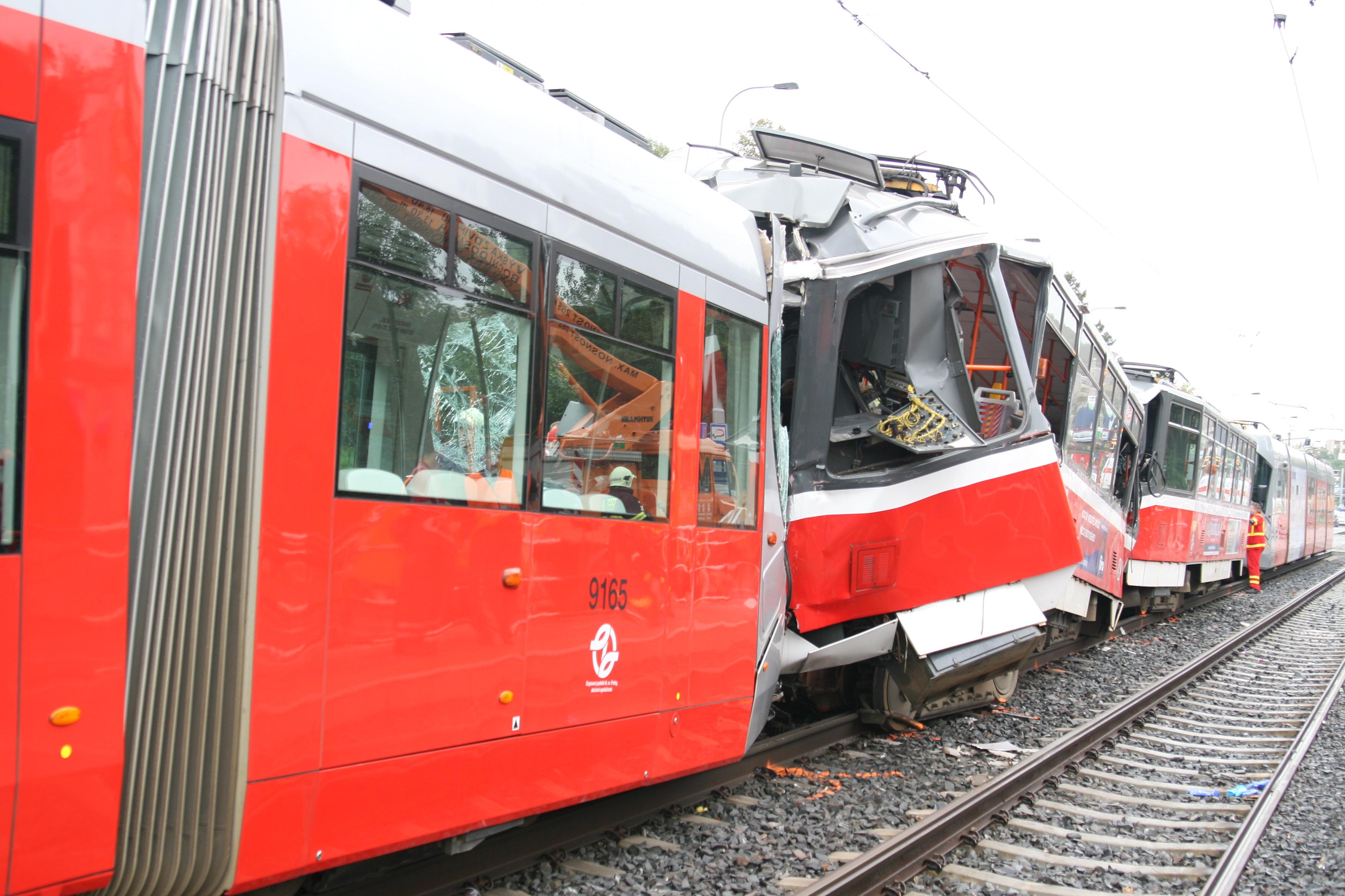 Srážka tramvají u Kotlářky. Foto: Drážní inspekce