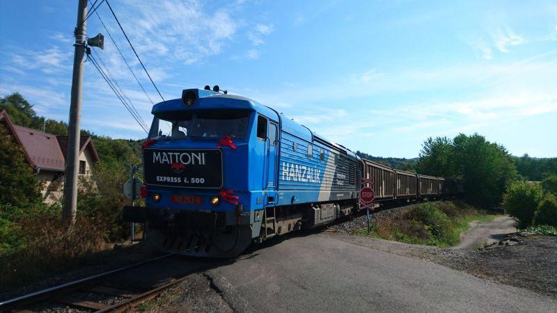 Vlak s produkty KMV. Autor: KMV