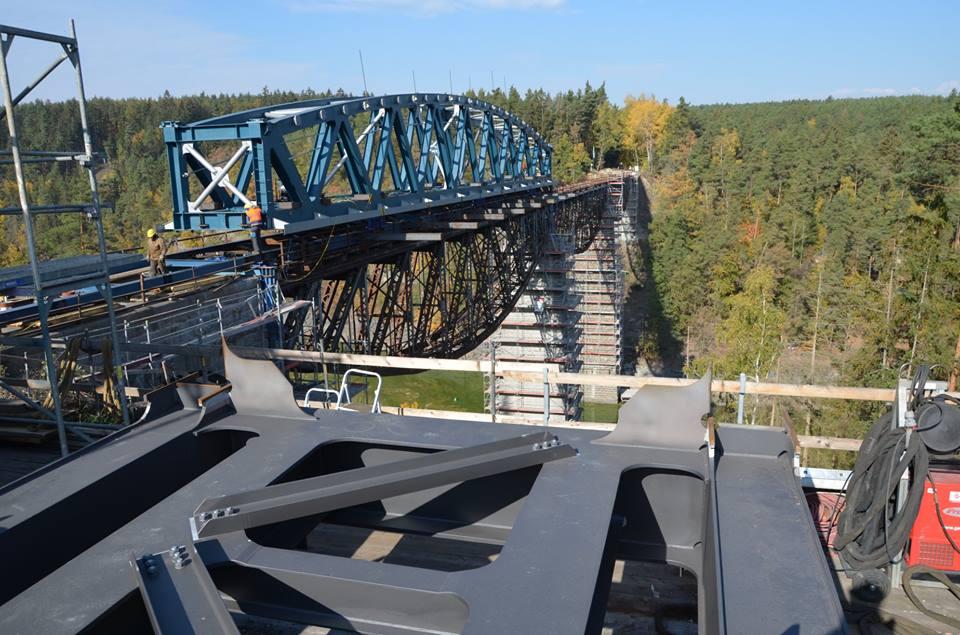Výměna mostu na lokálce Pňovany - Bezdružice. Pramen: Facebook SŽDC