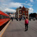 Vlak NSB ve stanici Kristiansand. Foto: Banenor.no