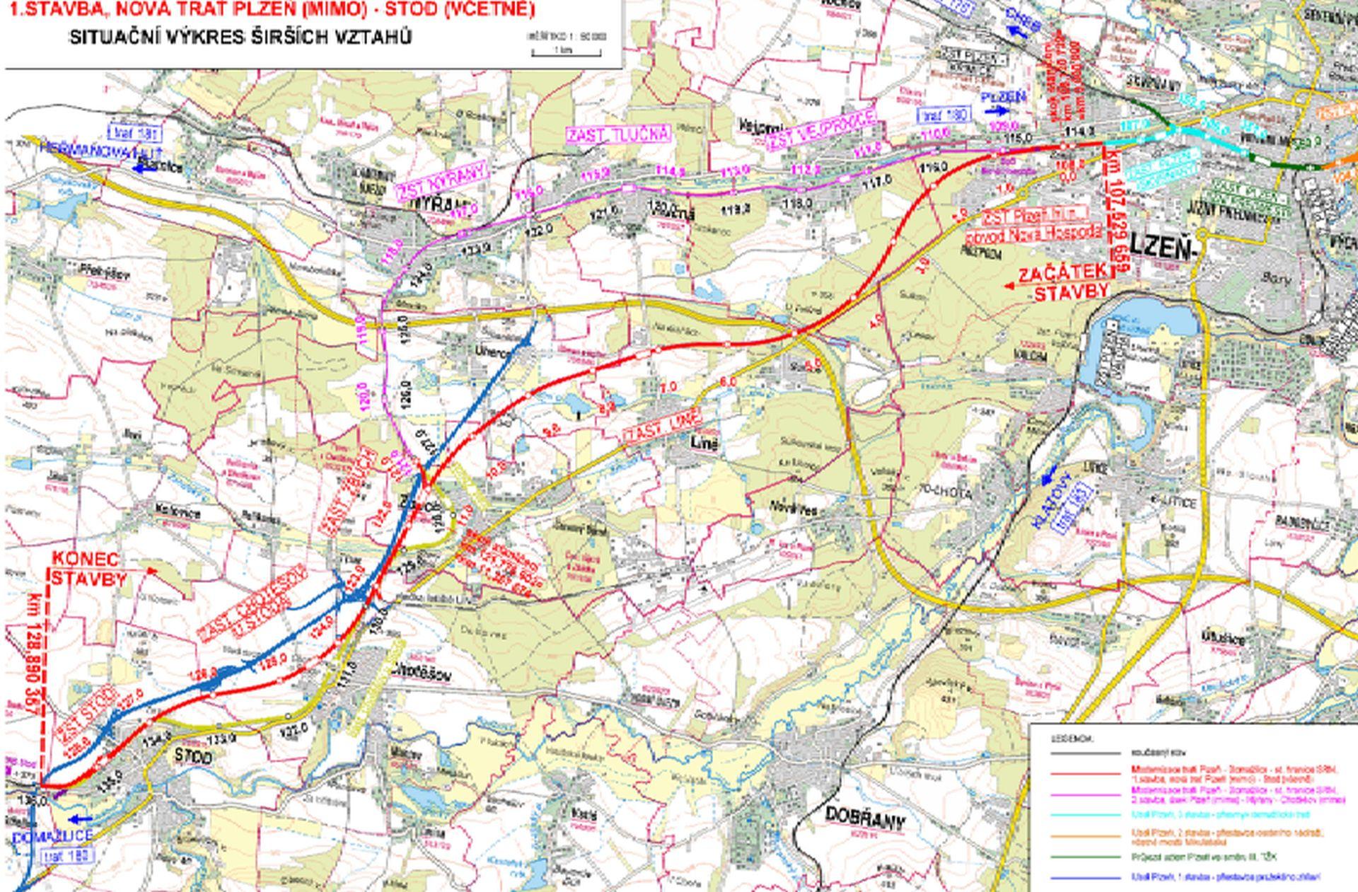 Trasa nové tratě z Plzně do Stodu (červeně), fialově stávající trať. Modře je zakreslena zvažovaná přeložka silnice I/26. Detailnější obrázek je ke stažení zde: https://portal.cenia.cz/eiasea/detail/EIA_OV3074. Foto: SŽDC