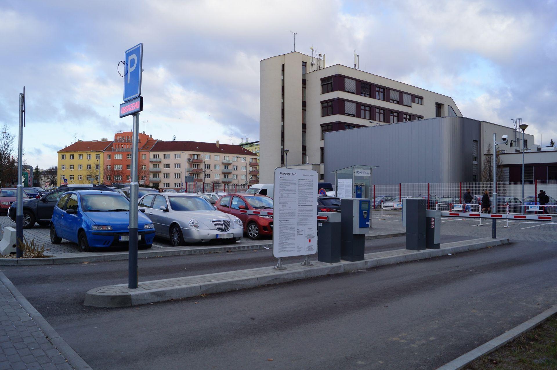 Placené parkoviště v Brně v Polní ulici. Foto: Brněnské komunikace