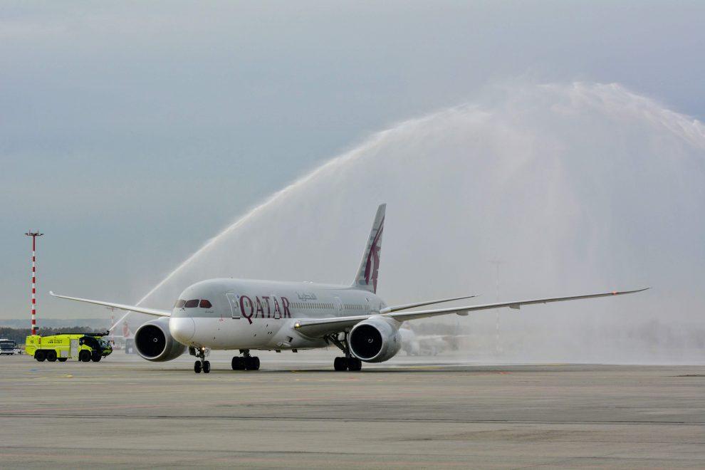 Boeing 787-8 Dreamliner společnosti Qatar Airways v Praze. Foto: Michael Holeček