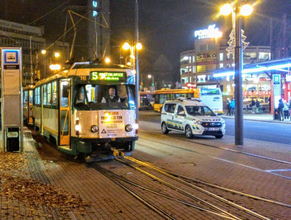 Tramvaj T2R před poslední otočkou do Vratislavic na terminálu Fügnerova. Foto: Jan Sůra