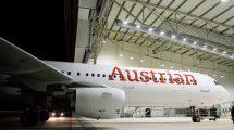 Airbus A321 po přelakování do nového nátěru Austrian