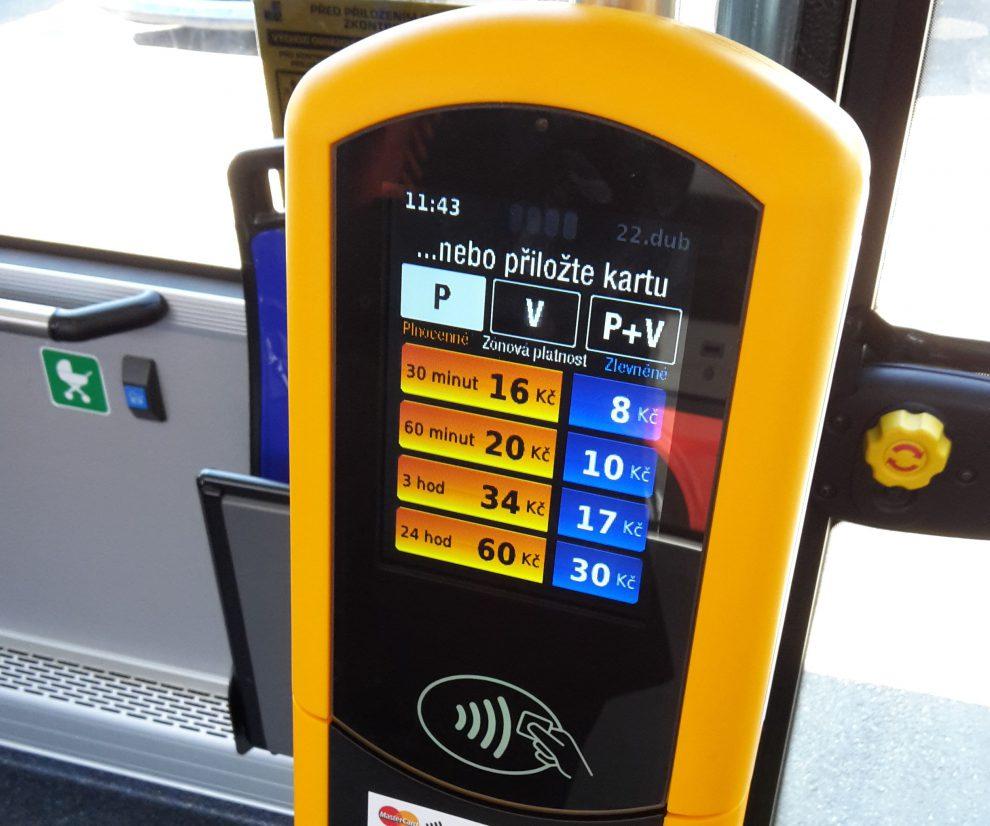 Automat pro bezkontaktní platbu. Autor: Mastercard
