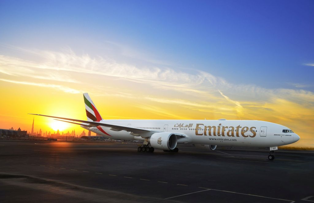 Boeing 777-300ER po přistání v Dubaji. Foto: Emirates