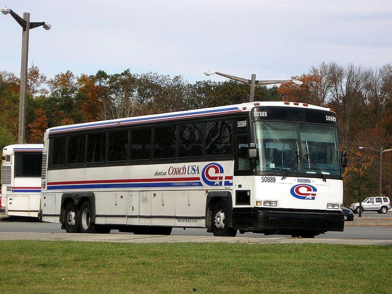 Autobus společnosti Couch USA patřící pod Stagecoach. Foto: Adam E. Moreira / Wikimedia Commons
