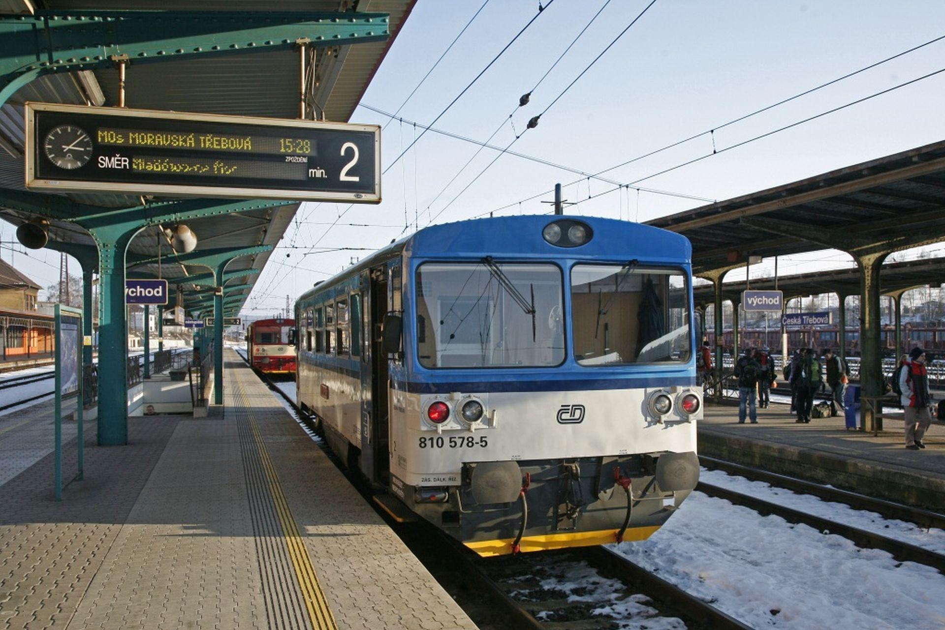 Motorový vůz 810 v České Třebové, ilustrační foto. Foto: České dráhy