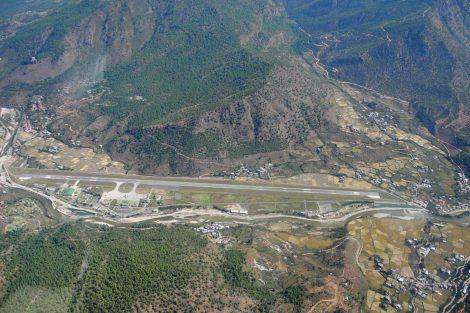Letiště Paro. Foto: Slavomír Pískatý