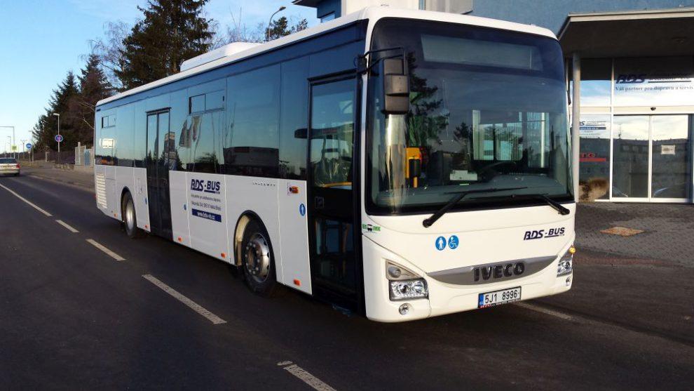 Autobus společnosti BDS Bítešská dopravní společnost, která na lince Brno - Znojmo také jezdí. Foto: BDS