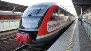 Jednotka Siemens Desiro v Praze - Holešovicích. Foto: Arriva vlaky