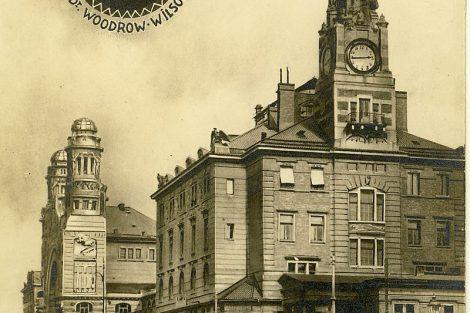 Nová Fantova budova ve 20. letech. Autor: František Fridrich (1829 – 1892) – Zmizelá Praha, Volné dílo, https://commons.wikimedia.org/w/index.php?curid=11703410
