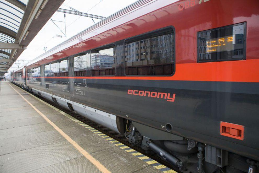 Railjet v Bratislavě. Foto: ZSSK