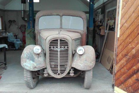 Náklaďák Škoda 104 z roku 1937. Pramen: Milktrans