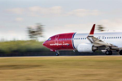 Boeing 737-800 v barvách Norwegian Air Shuttle. Foto: Norwegian