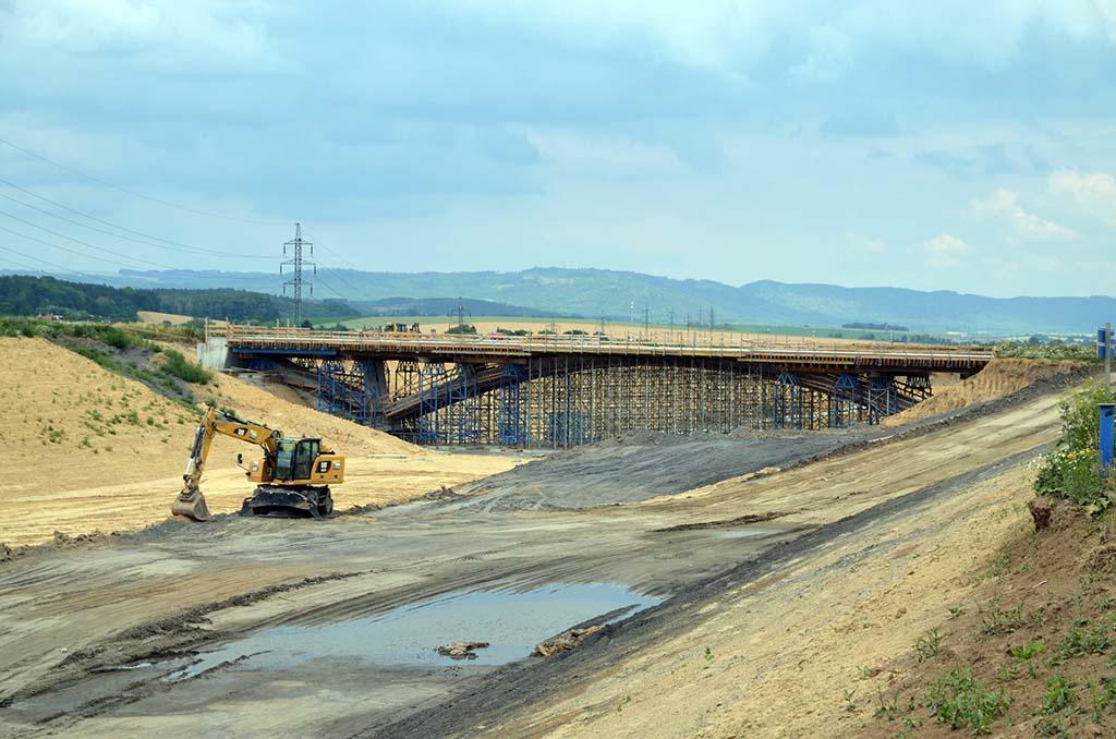 Stavba D1 Přerov - Lipník. Pramen: ŘSD