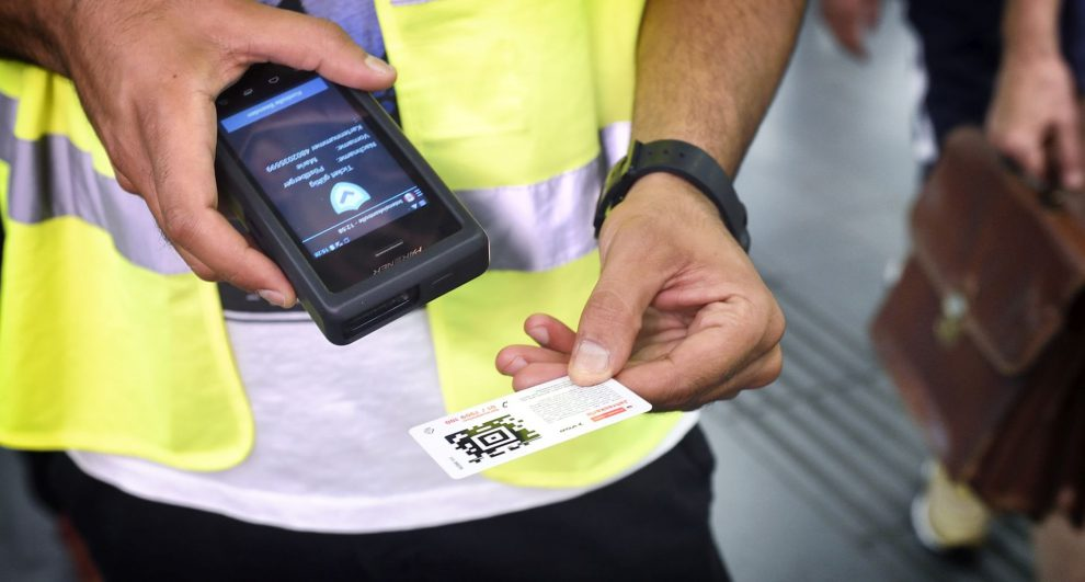 Kontrola jízdenek ve vídeňské MHD. Autor: © Wiener Linien - Johannes Zinner