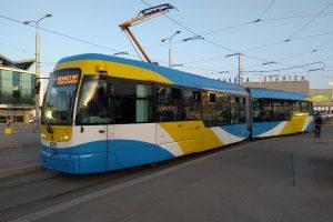 Tramvaj Vario LF2 Plus od Pragoimexu v Košicích. Foto: DPMK