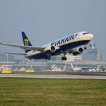 Boeing 737-800 společnosti Ryanair na odletu z Prahy. Foto: Letiště Praha