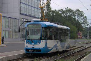 Tramvaj VarioLF, Ostrava. Autor: User:Harold17 – Vlastní dílo, Volné dílo, https://commons.wikimedia.org/w/index.php?curid=1707808