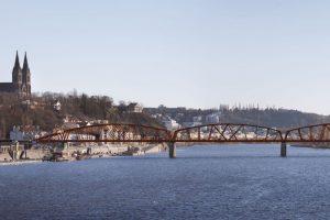 Vizualizace podoby nového železničního mostu přes Vltavu ve Výtoni