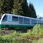 Jednotka RegioSprinter v barvách Vogtlandbahn, který patří pod Die Länderbahn. Foto: Aagnverglaser - Wikimedia Commons