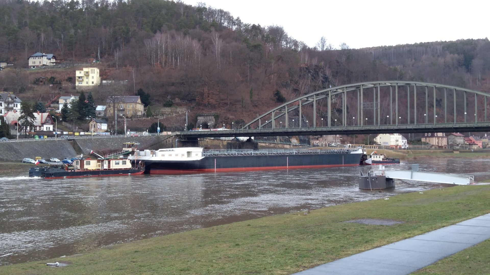 Nový tanker v Děčíně. Autor: Jaroslav Pokorný