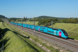 Rychlovlak TGV ve verzi pro nízkonákladovou značku Ouigo. Foto. SNCF