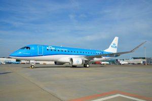 Embraer 175 společnosti KLM v Amsterdamu. Foto: KLM
