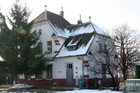 Nádraží Hevlín. Pramen: www.hevlin.cz