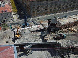 Záběr na viadkukt v místě přemostění Křižíkovy ulice. Foto: Hochtief