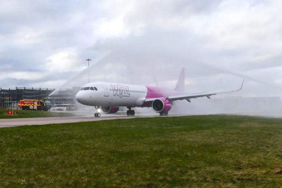 Airbus A321neo společnosti Wizz Air v Londýně. Foto: Luton Airport