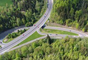 Letecký snímek křižovatky Rádelský mlýn. Foto: Valbek