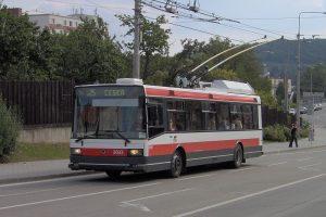 Trolejbus 21Tr v Brně. Autor: User:Harold17 – Vlastní dílo, Volné dílo, https://commons.wikimedia.org/w/index.php?curid=1802273