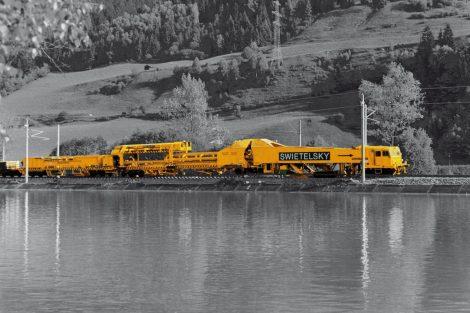 Stavební stroj SUZ 500 společnosti Swietelsky. Autor: Swietelsky Rail