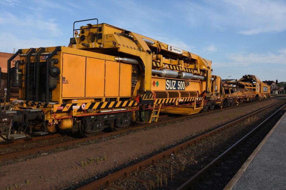 Stavební stroj SUZ-500 firmy Swietelsky. Autor: Swietelsky Rail CZ