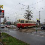 Motorový vůz M 240.028 zvaný kachna při přesunu z Krnova do Jemnice. Pramen: Railway Capital