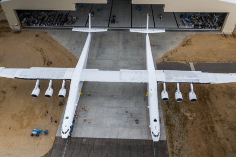 Rozpětí křídel 117,3 dělá ze Statolaunch největší letadlo na světě. Foto: Stratolaunch
