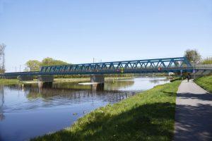 Budoucí most přes Labe v Čelákovicích. Vizualizace: SŽDC