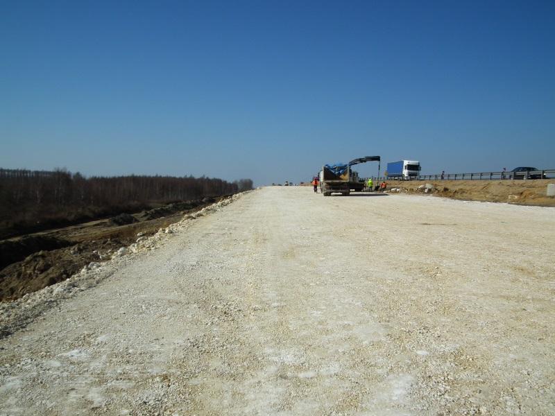 Stavba polské A1 A1 mezi městy Rząsawa a Blachownia. Pramen: GDDKiA