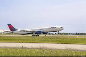 Airbus A330-900 společnosti Delta Air Lines na odletu z Toulouse do Atlanty