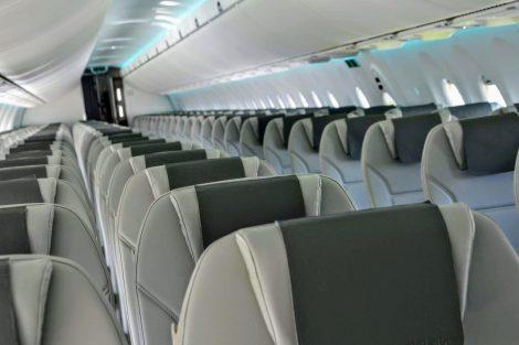 Osvětlení kabiny se může během dne měnit, interiér celkově je velmi světlý. Foto: Jan Sůra