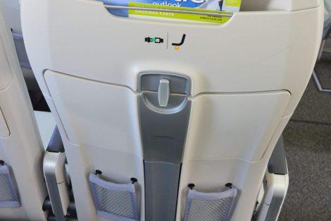 Do posledních letadel dodává výrobce jiné sedačky, které umožňují ještě více místa na nohy. Foto: Jan Sůra